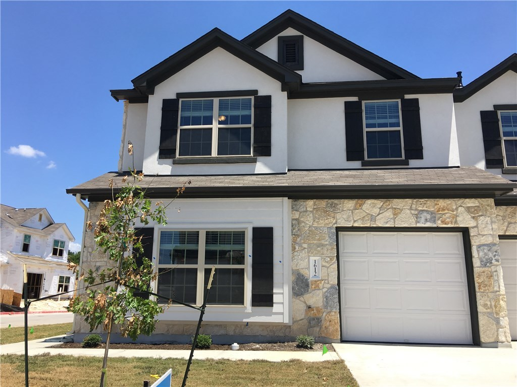 1612 Airedale RD 2703